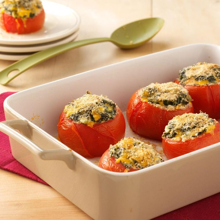 Crumb-Topped Spinach-Stuffed Tomatoes