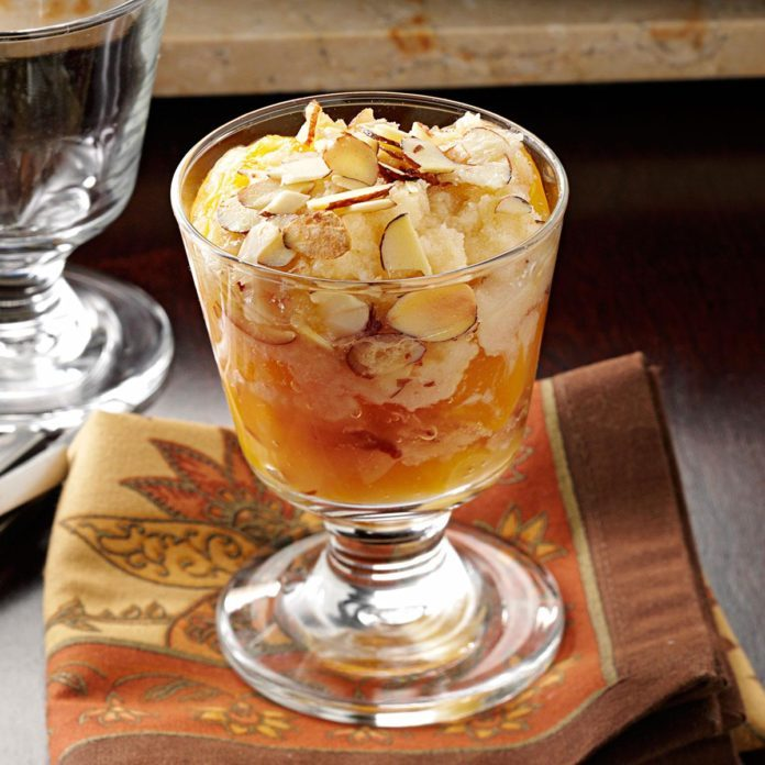 Crunchy Amaretto Peach Cobbler