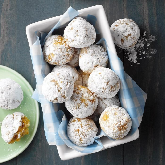 Crunchy Apricot-Coconut Balls