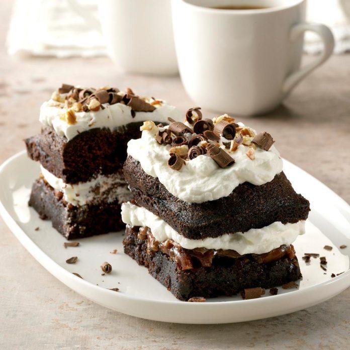 Dark Chocolate Pecan Cake