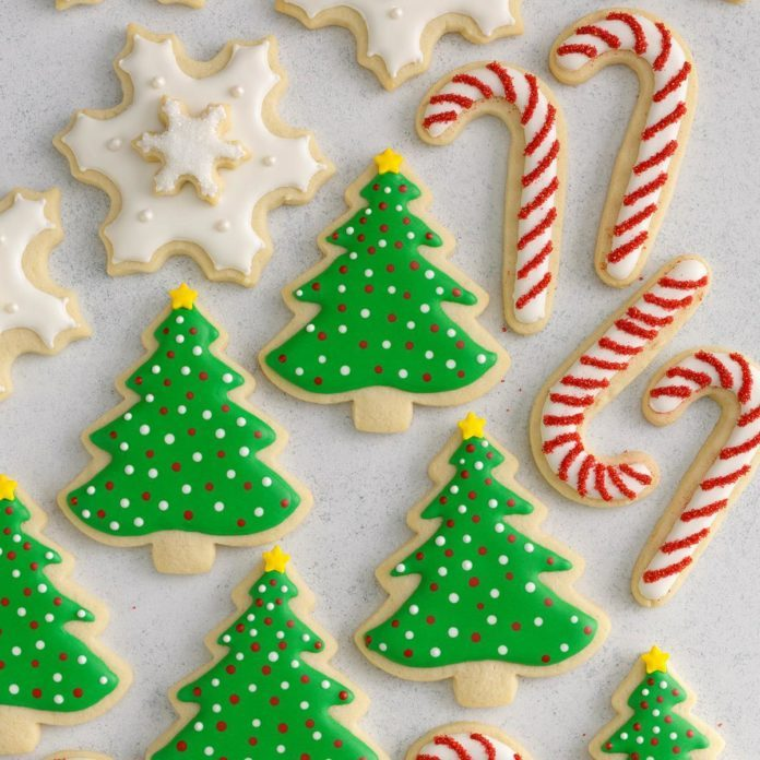 Decorating Christmas Cookies.Decorated Christmas Cutout Cookies