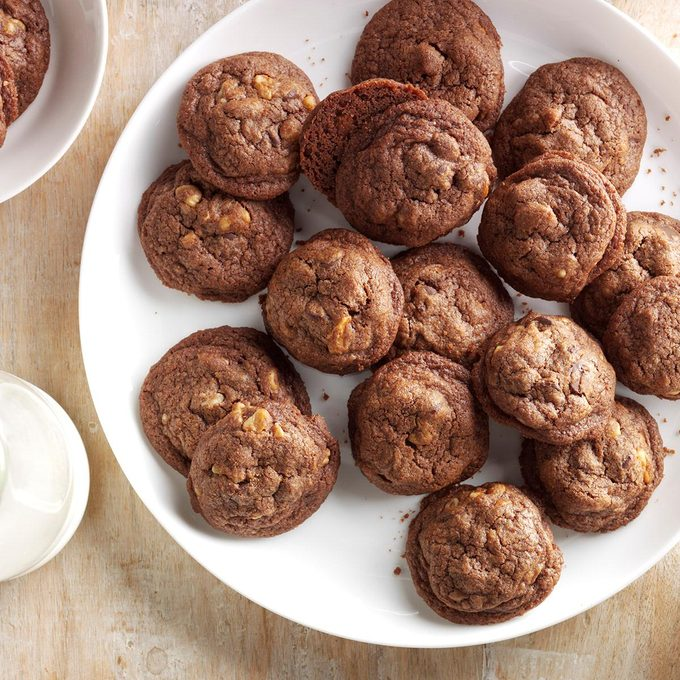 Double Chocolate Chip Cookies Exps Cbz16 959 C05 11 2b 5