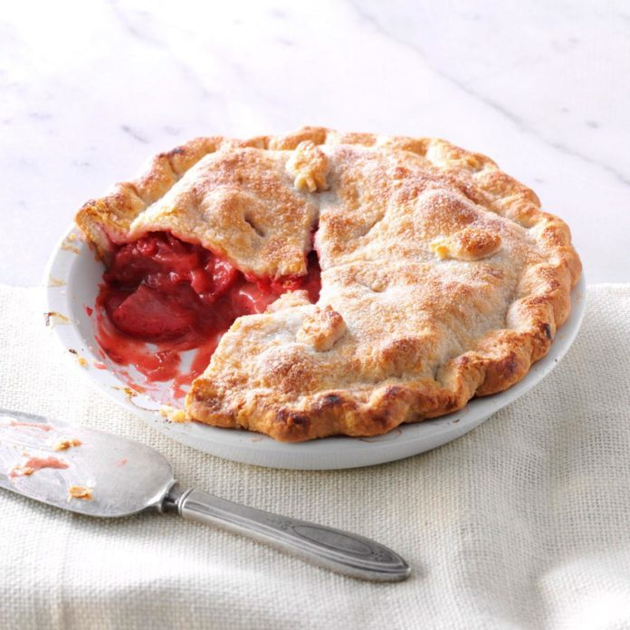 Double-Crust Strawberry Pie