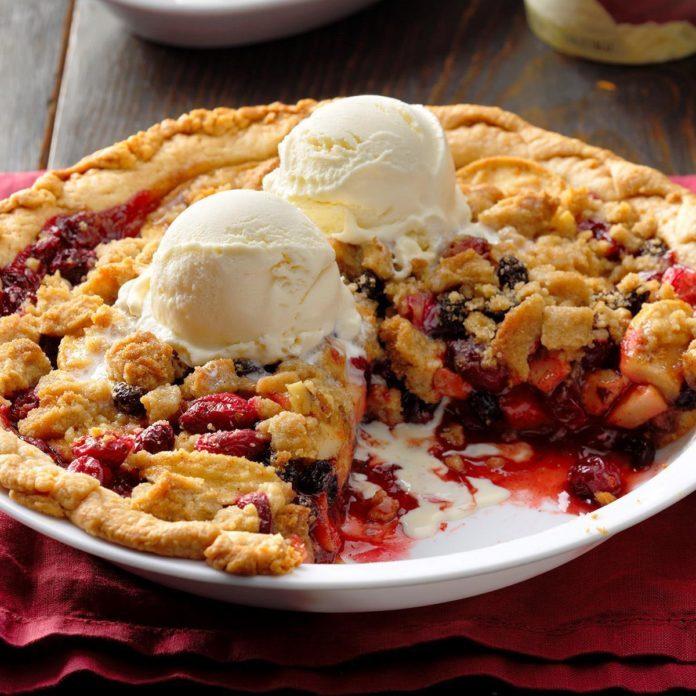 Dutch Cranberry-Apple Pie