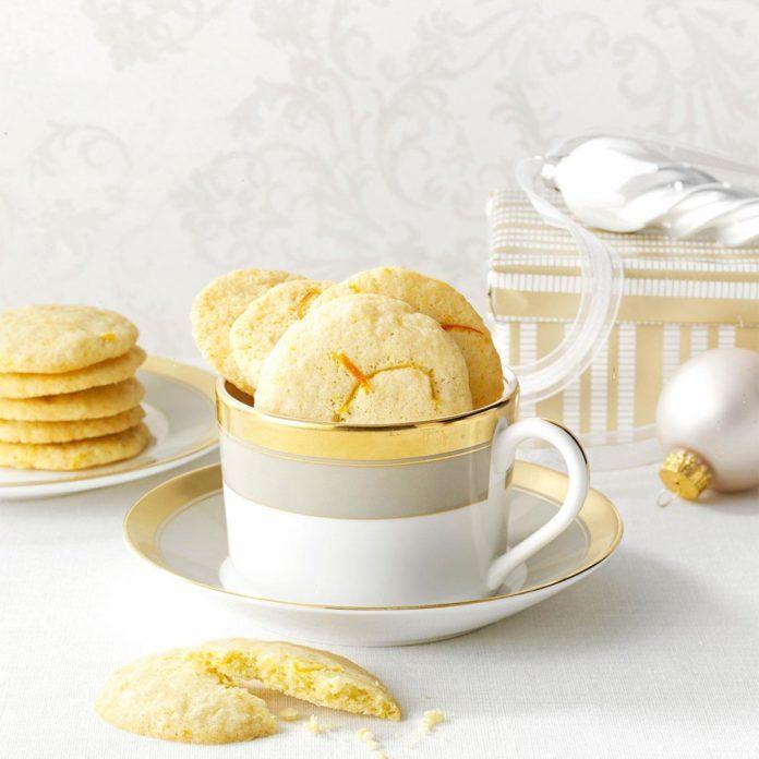 Low-Carb Orange & Lemon Wafer Cookies