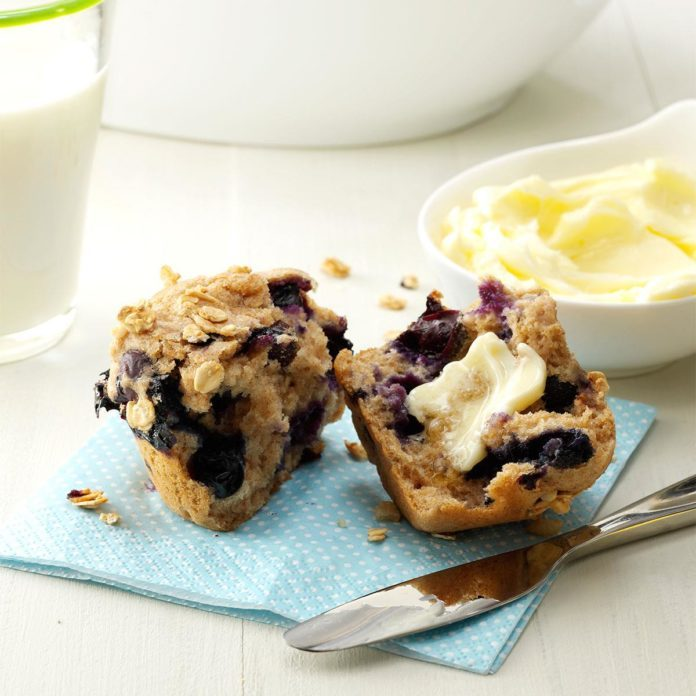 Granola Blueberry Muffins