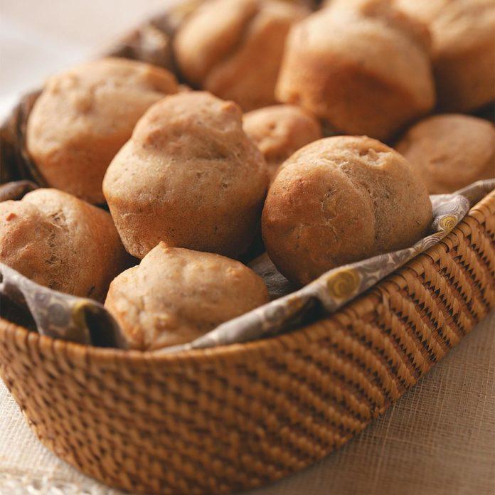 No-Knead Whole Wheat Rolls