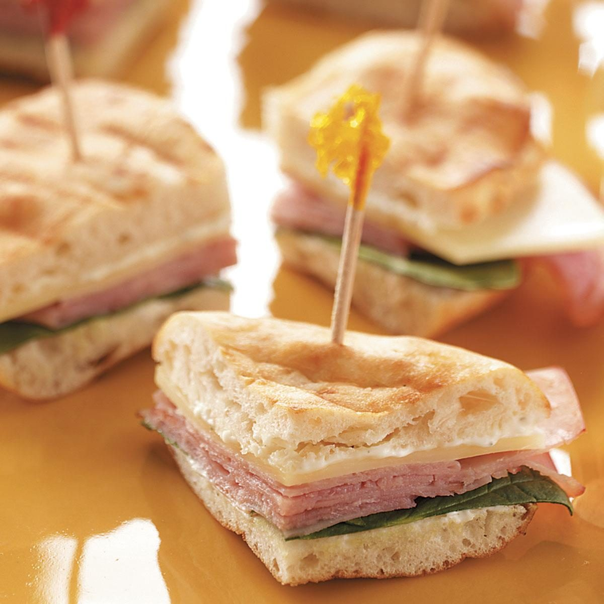 Finger Foods For Parties: Party Pitas Recipe