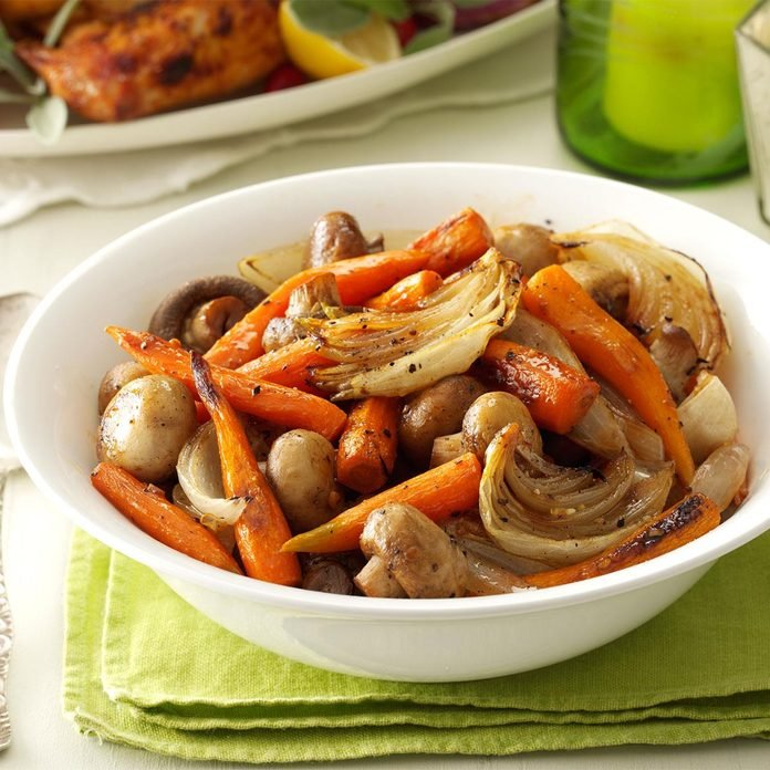 Savory Roasted Carrots with Mushrooms