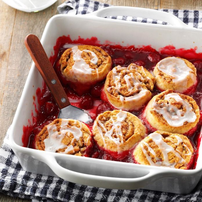 Cinnamon Roll Cherry Cobbler