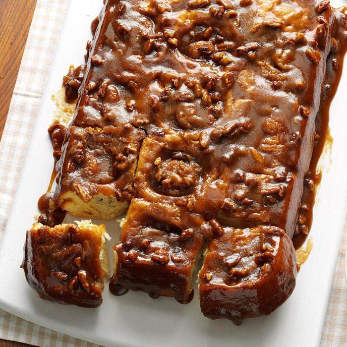 Caramel-Pecan Cinnamon Rolls