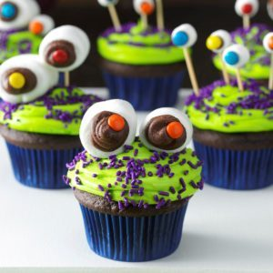 15 Silly, Fun and Delicious Cupcakes for Boys