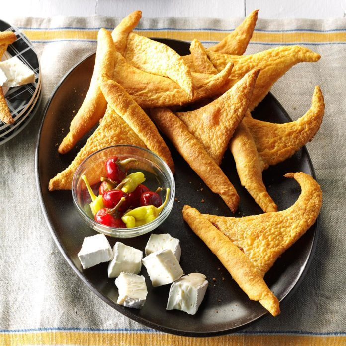Indiana: Crescent Roll Witch Hats