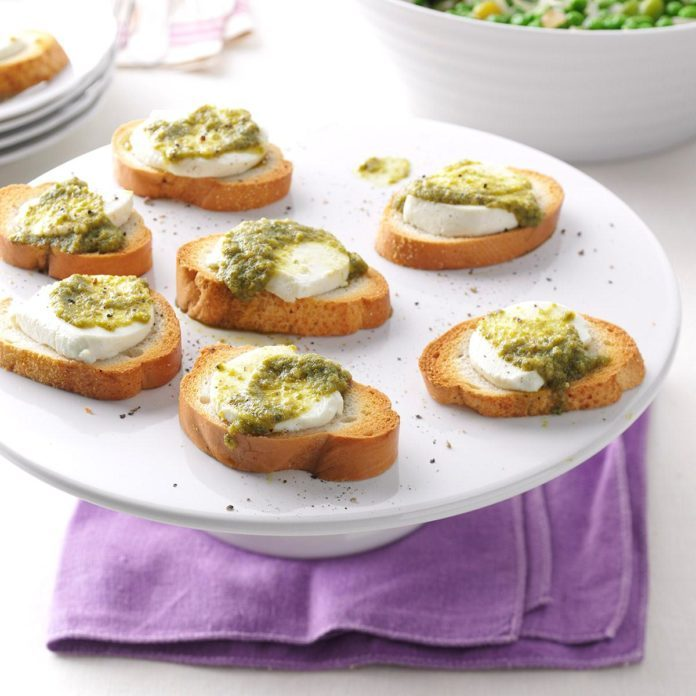 Pesto-Goat Cheese Toasts