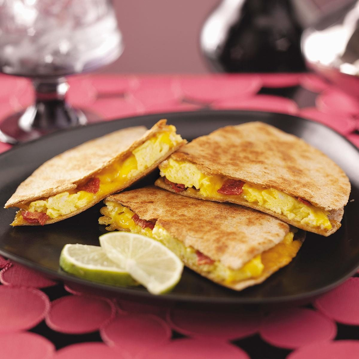 Easy Breakfast Dish: Easy Breakfast Quesadillas Recipe