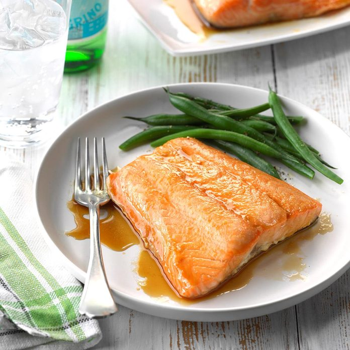 Easy Glazed Salmon Exps Wrsm17 28376 C03 24 6b 1