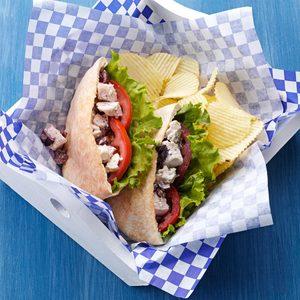 Easy Greek Chicken Sandwiches