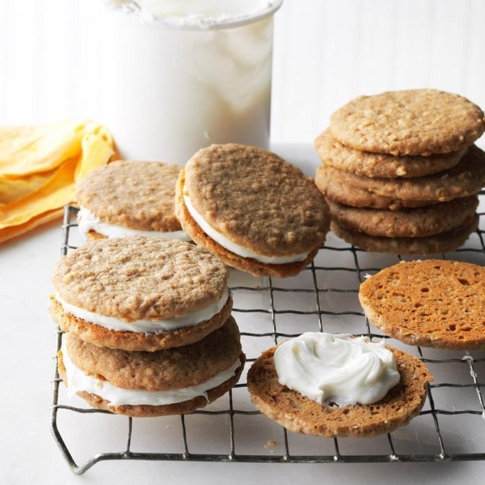 Easy Oatmeal Cream Pies