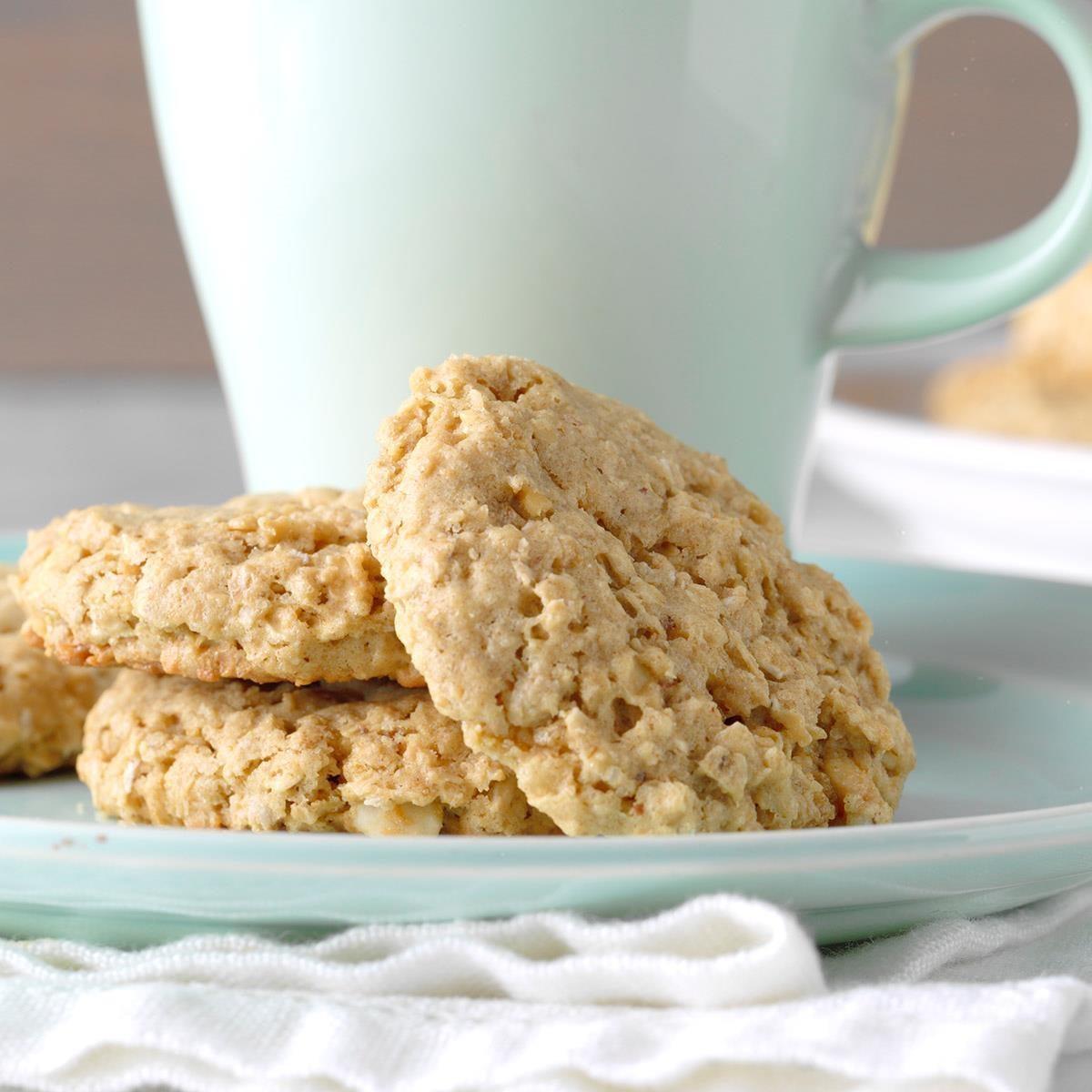 Easy Peanut Butter Oatmeal Cookies Exps Diyd19 44945 B05 01 2b 7
