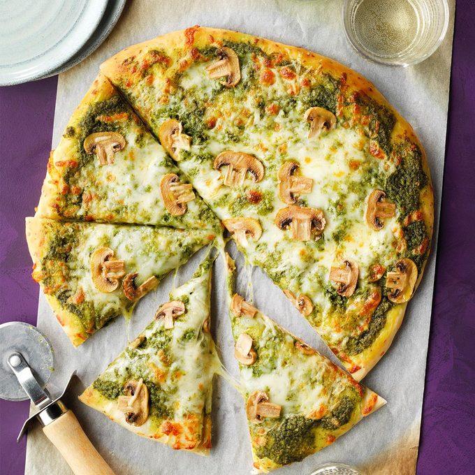 Easy Pesto Pizza Exps Toham21 18813 B12 01 4b 2