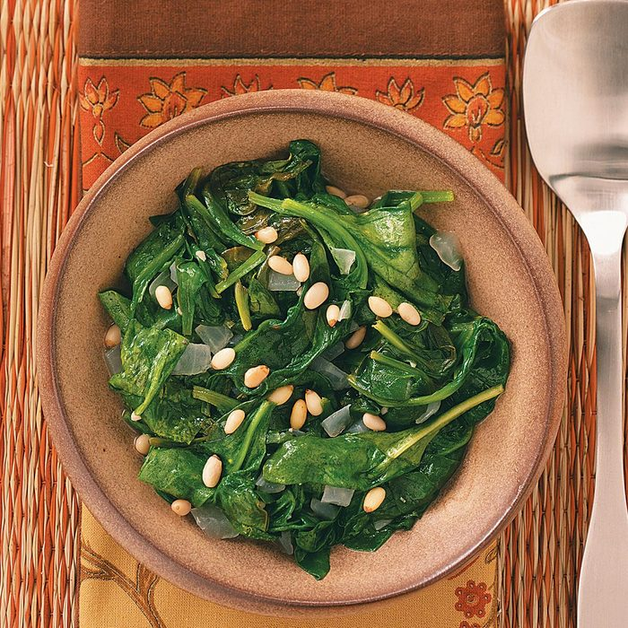 Easy Sauteed Spinach Exps49214 Thhc1997839d05 21 4bc Rms 4