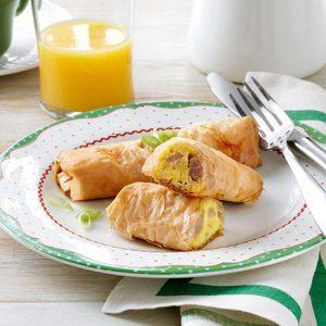 Egg & Sausage Roll-Ups
