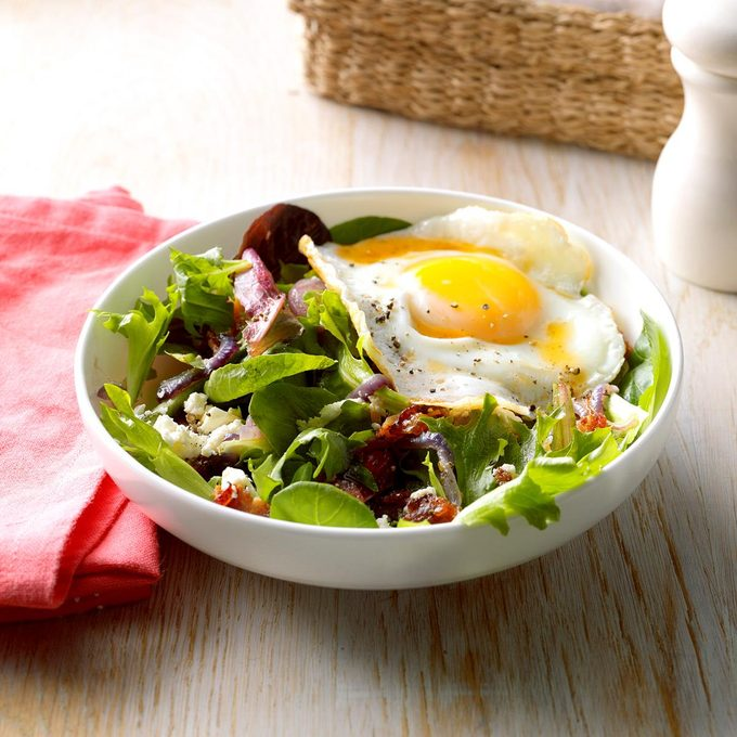 Egg-Topped Wilted Salad