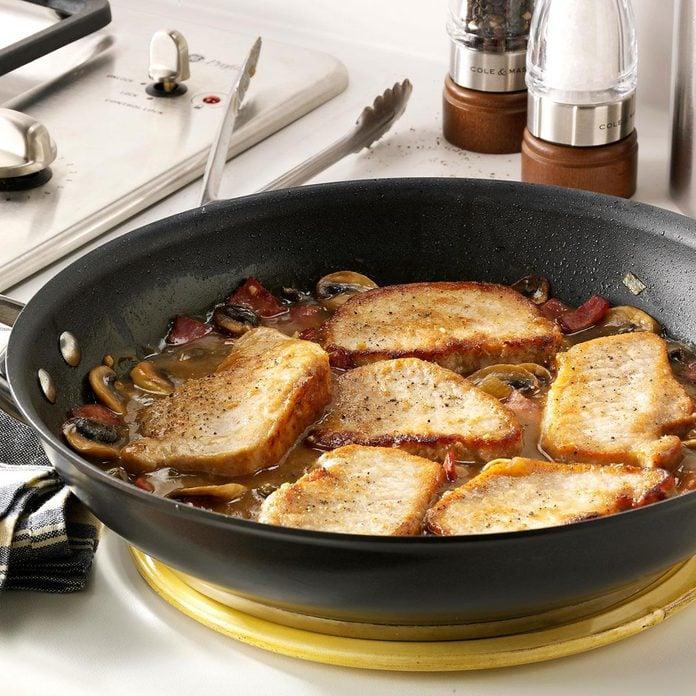 Elegant Pork Marsala Exps45353 Th143190a09 25 4bc Rms 7