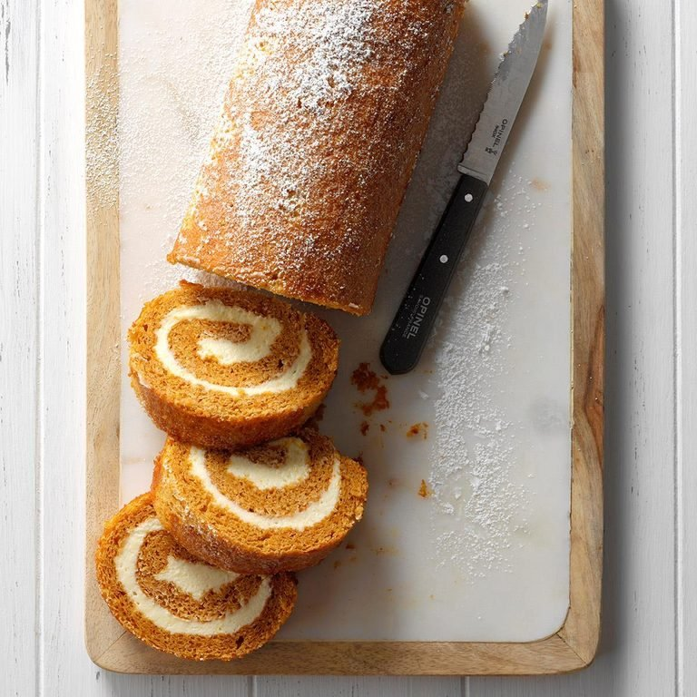 favorite pumpkin cake roll