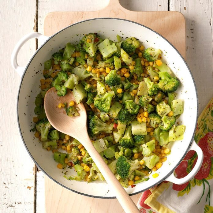 Festive Corn 'n' Broccoli