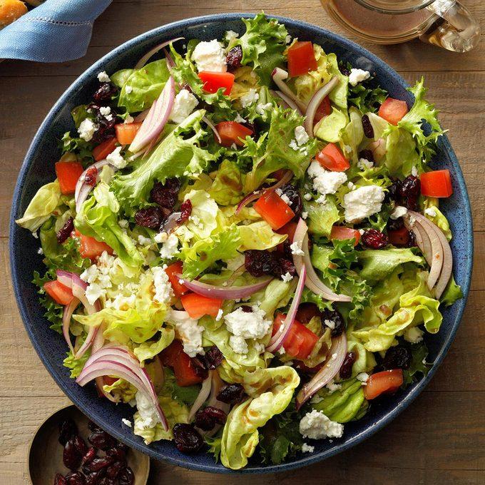 Festive Tossed Salad With Feta Exps Hca21 21630 B01 29 7b 1