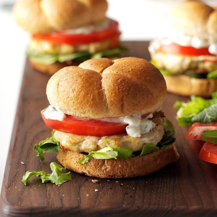 Feta Chicken Burgers Exps Hc16 174026 C07 01 1b