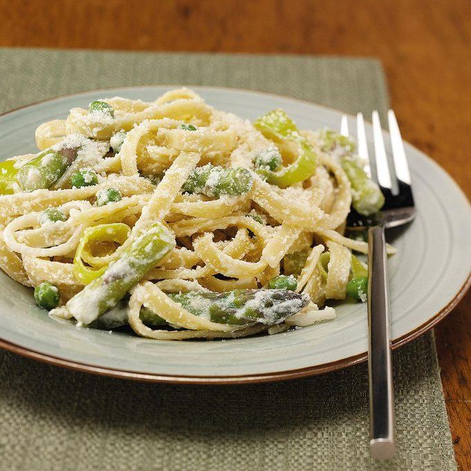 Fettuccine with Asparagus and Peas