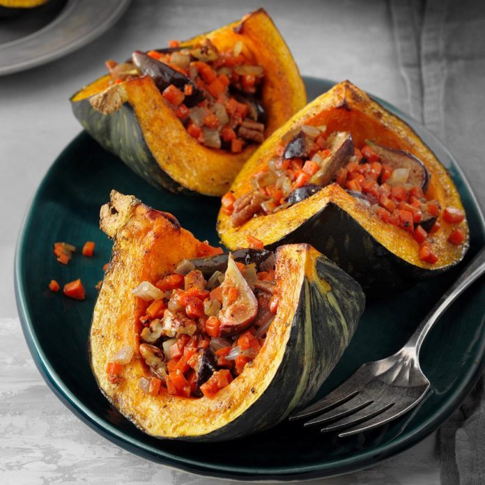 Fig-Carrot Stuffed Kabocha Squash