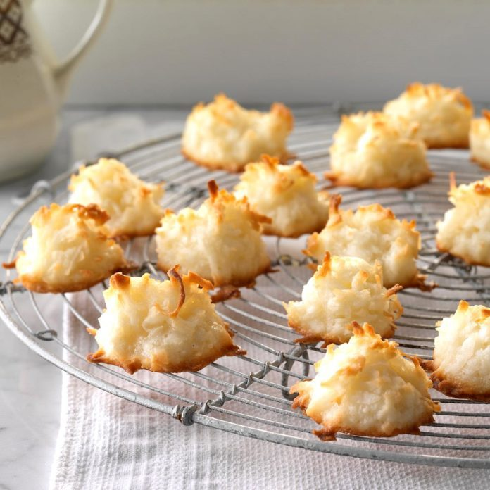 Dairy Free: First-Place Coconut Macaroons