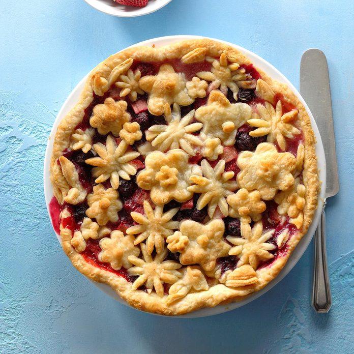 North Dakota: Bumbleberry Pie