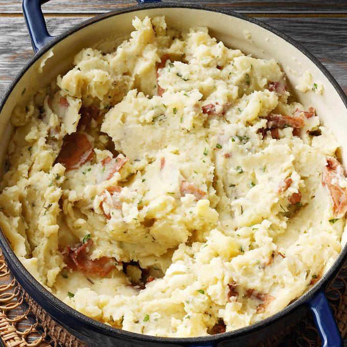 Flavorful Mashed Potatoes Exps Dobz21 41194 B08 18 2b