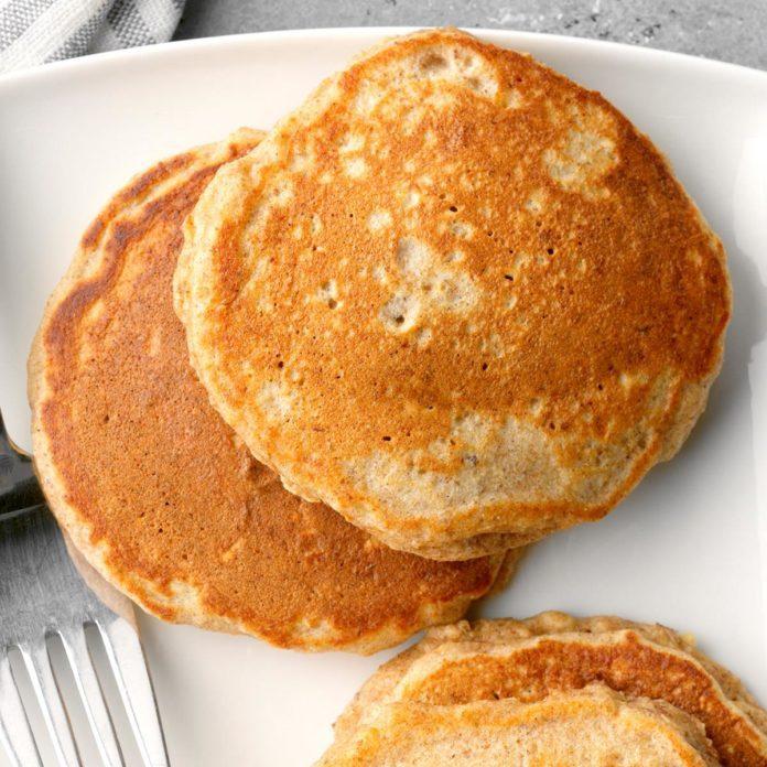 Flaxseed Oatmeal Pancakes