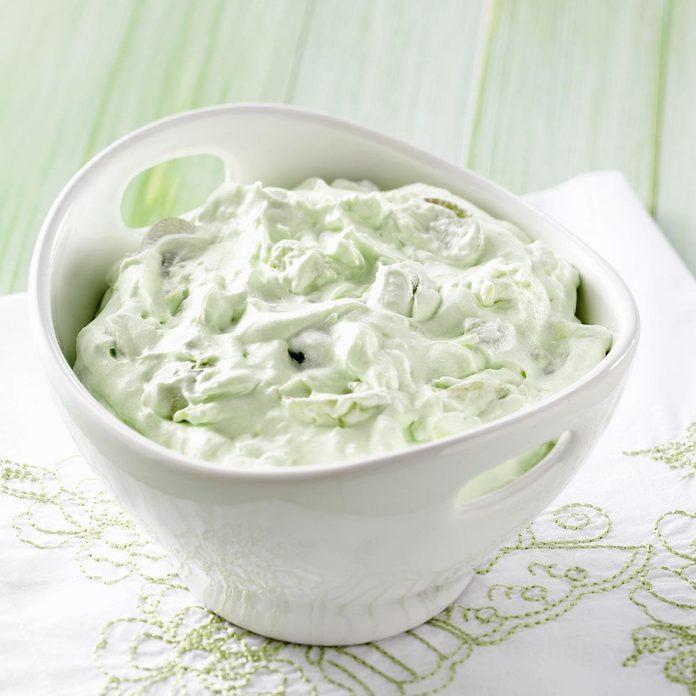 Fluffy Green Grape Salad Exps24867 W101973175b04 30 5bc Rms 3