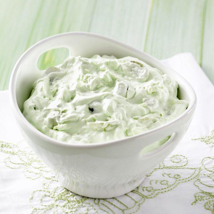Fluffy Green Grape Salad Exps24867 W101973175b04 30 5bc Rms