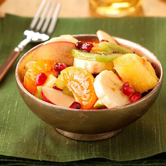 Fresh Fruit Salad with Pomegranate
