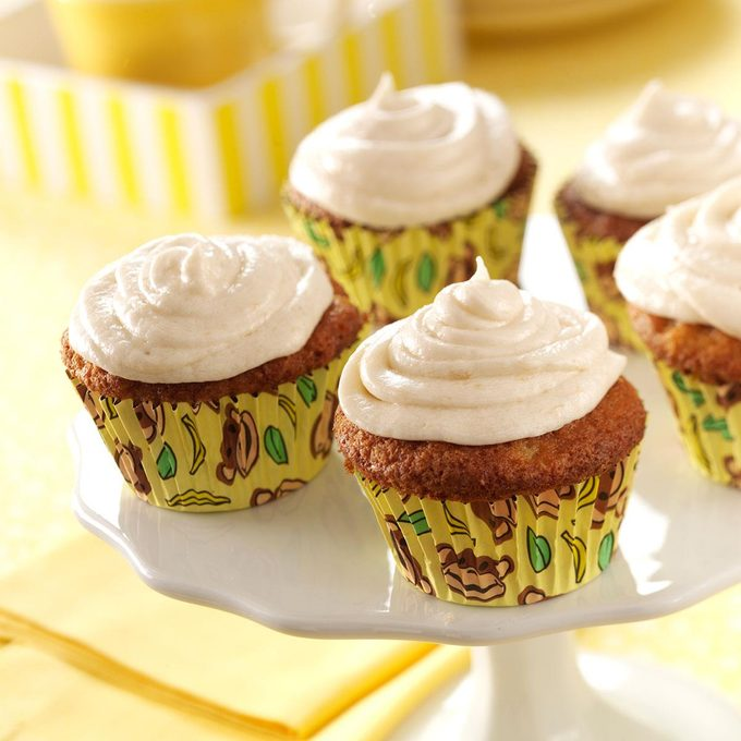 Frosted Banana Cupcakes Exps44400 Rds2321892c04 26 6bc Rms 5