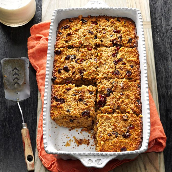 Fruit Nut Baked Oatmeal Exps Bbbz16 133111 05b 26 5b 5