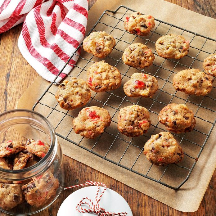 Fruitcake Christmas Cookies Exps6158 Crc2375008d08 17 4bc Rms 3