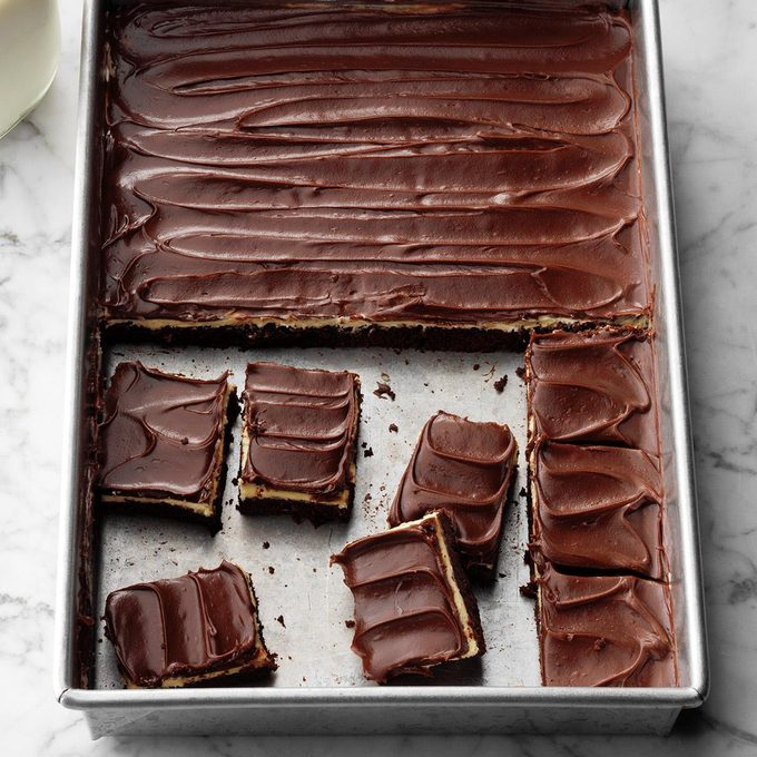 Fudgy Brownies With Peanut Butter Pudding Frosting Exps Botohbz19 38192 E08 21 4b