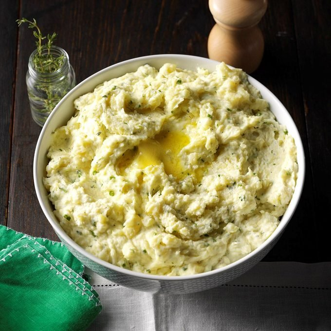 Garlic Herb Mashed Potatoes Exps Cw16 149425 06b 28 3b 1
