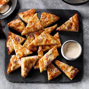 Garlic Pizza Wedges