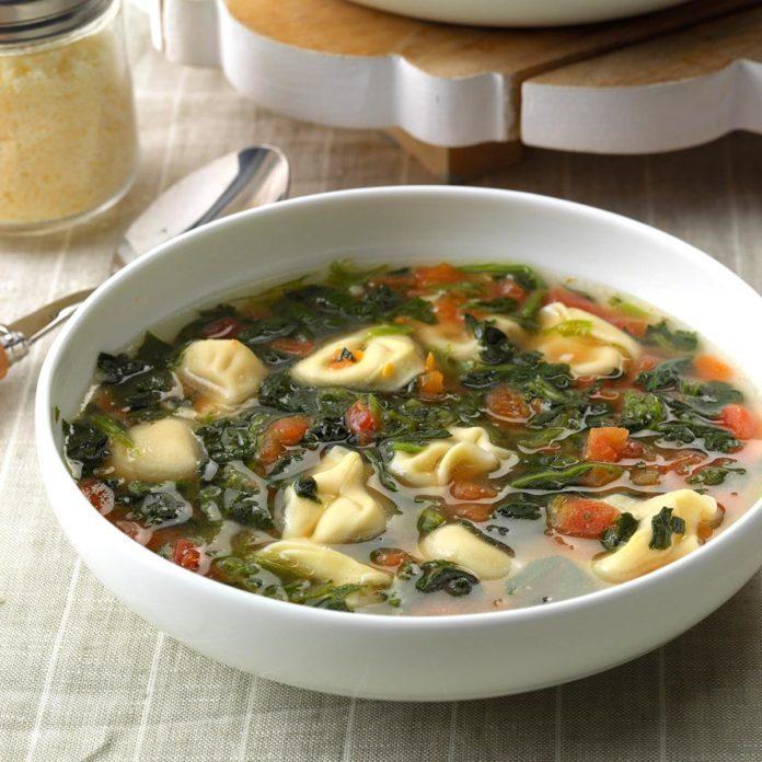 Garlic Tortellini Soup