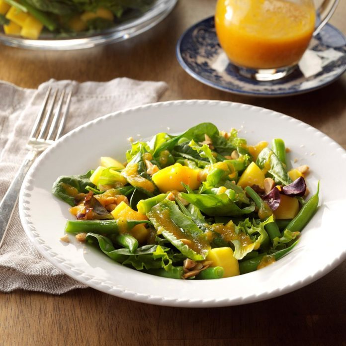 Ginger-Apricot Tossed Salad
