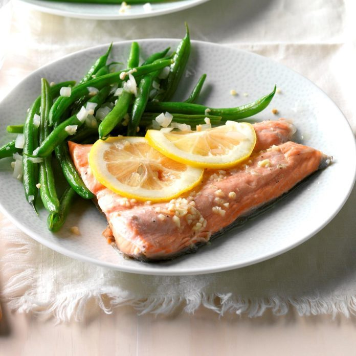 Day 29: Ginger Salmon with Green Beans